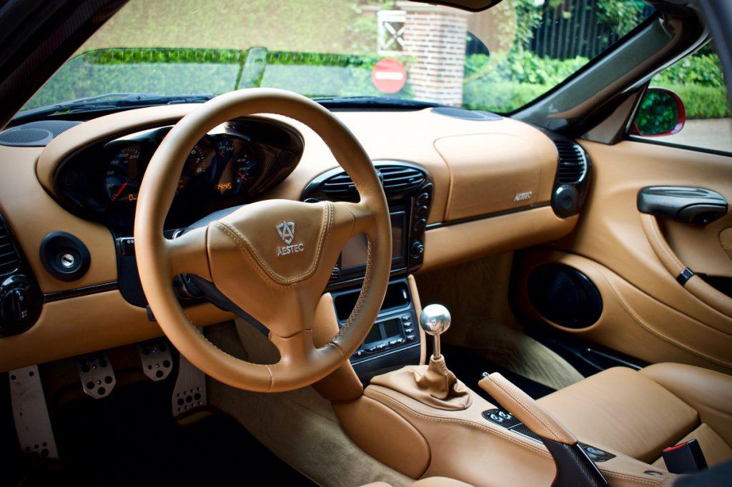 Aestec GTS interior