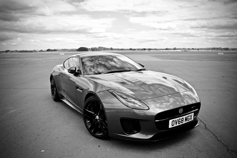 Jaguar design F-Type